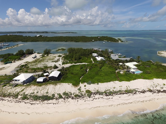 Additional photo for property listing at Beachman's Paradise - One of the LAST available ocean lots in Elbow Cay! Elbow Cay Hope Town, Abaco, Bahamas