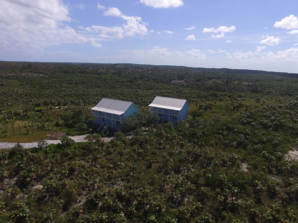 Additional photo for property listing at Beach Restaurant Hotel Property - Compass Point in Eleuthera! - MLS 27903 Eleuthera, バハマ