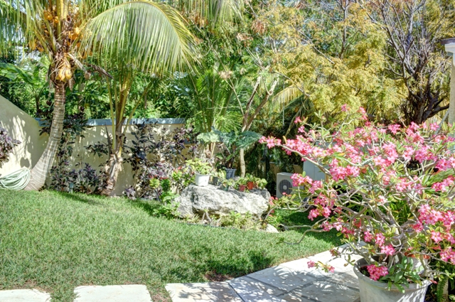 Additional photo for property listing at Eastern Road Montagu Home Nassau New Providence And Vicinity