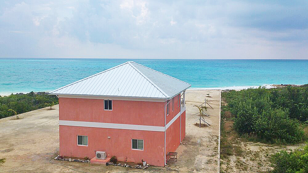 Additional photo for property listing at Fine Island Living Long Island, 巴哈馬