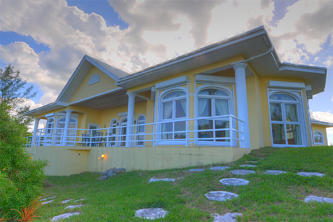 Additional photo for property listing at Hilltop Residence with Ocean and Lake Views Μπαχαμεσ