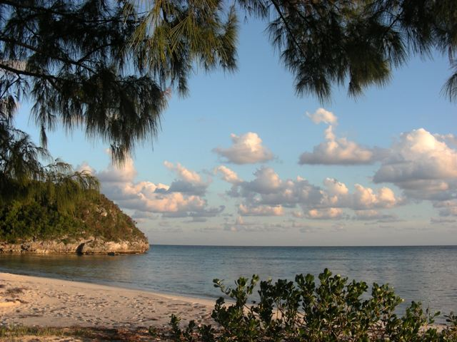 Additional photo for property listing at Four beachfront cottages in Southern Cat Island Cat Island, Bahamas