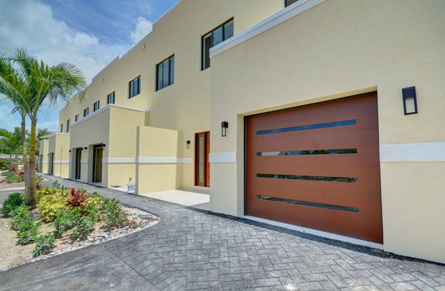 Additional photo for property listing at Finely Crafted Waterfront Residences in the heart of Cable Beach Cable Beach, Nassau And Paradise Island, Bahamas