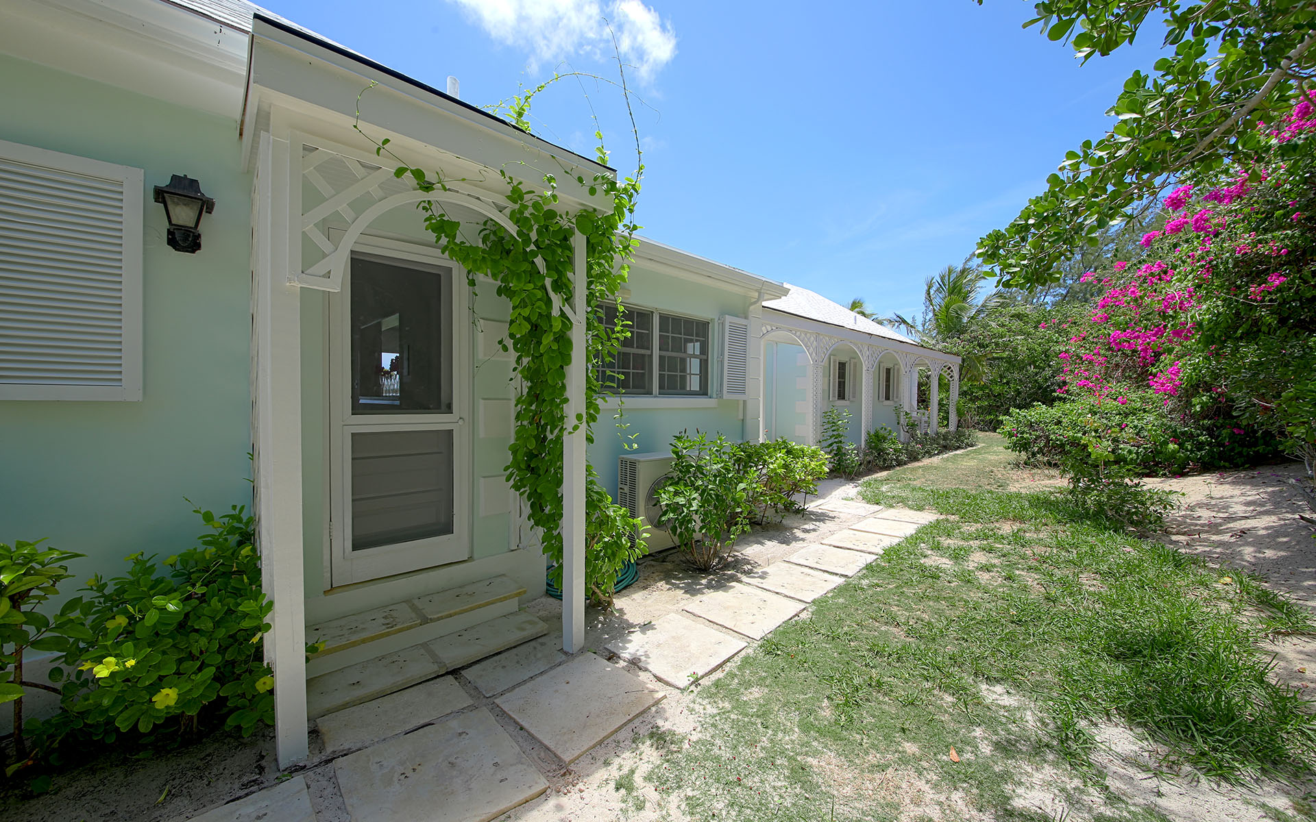 Additional photo for property listing at Private Island Resort Style Home MLS 31170 Eleuthera, 巴哈馬