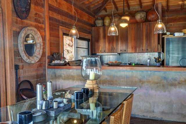 Additional photo for property listing at Off-the-Grid Showpiece Retreat Cat Island, Bahamas