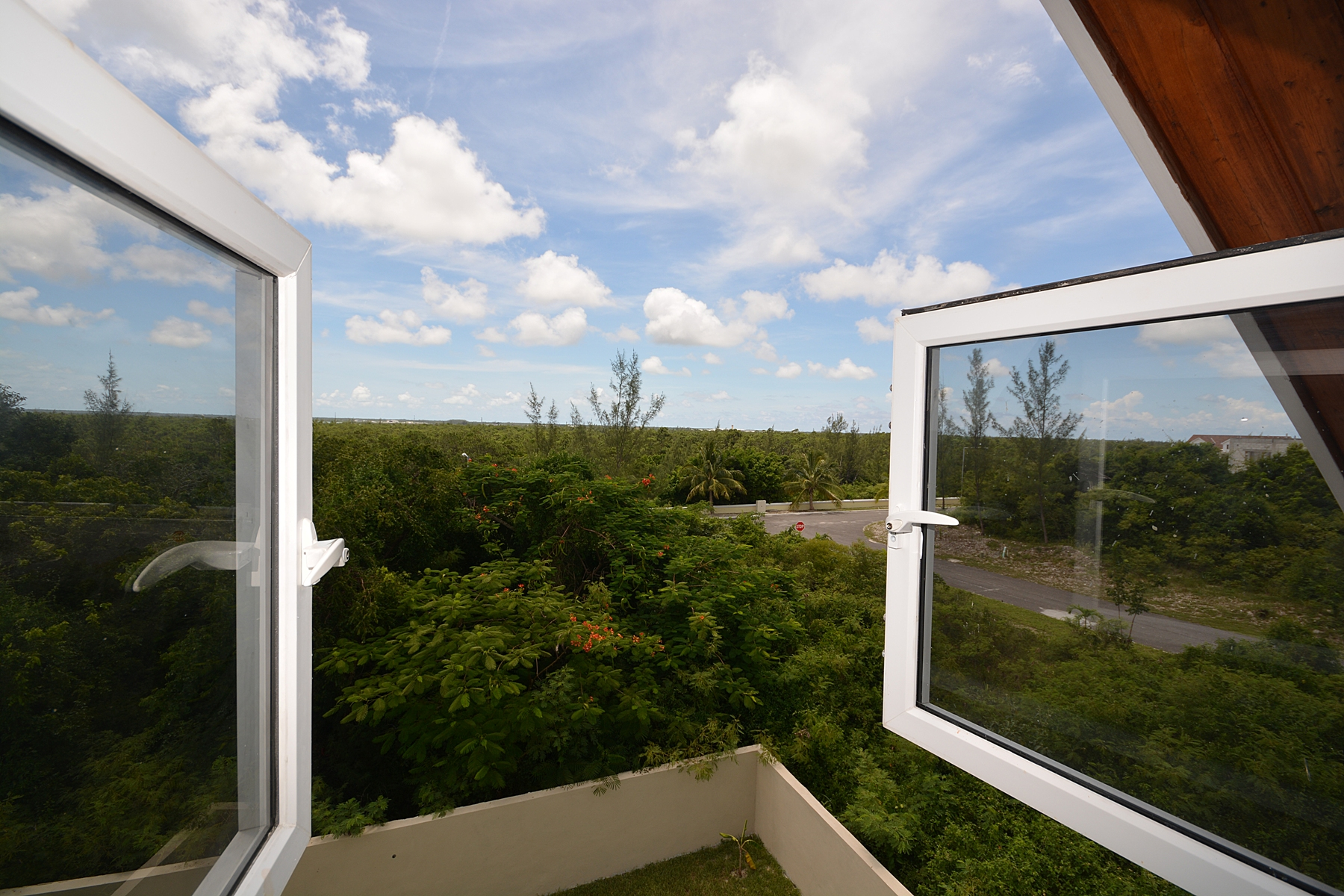 Additional photo for property listing at #62 Indigo Town House Complex - MLS 27713 Bahama Eilanden