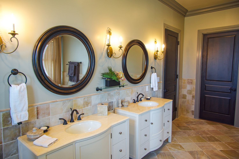 Additional photo for property listing at Stunning Charleston Home Old Fort Bay, Nassau And Paradise Island, Bahamas