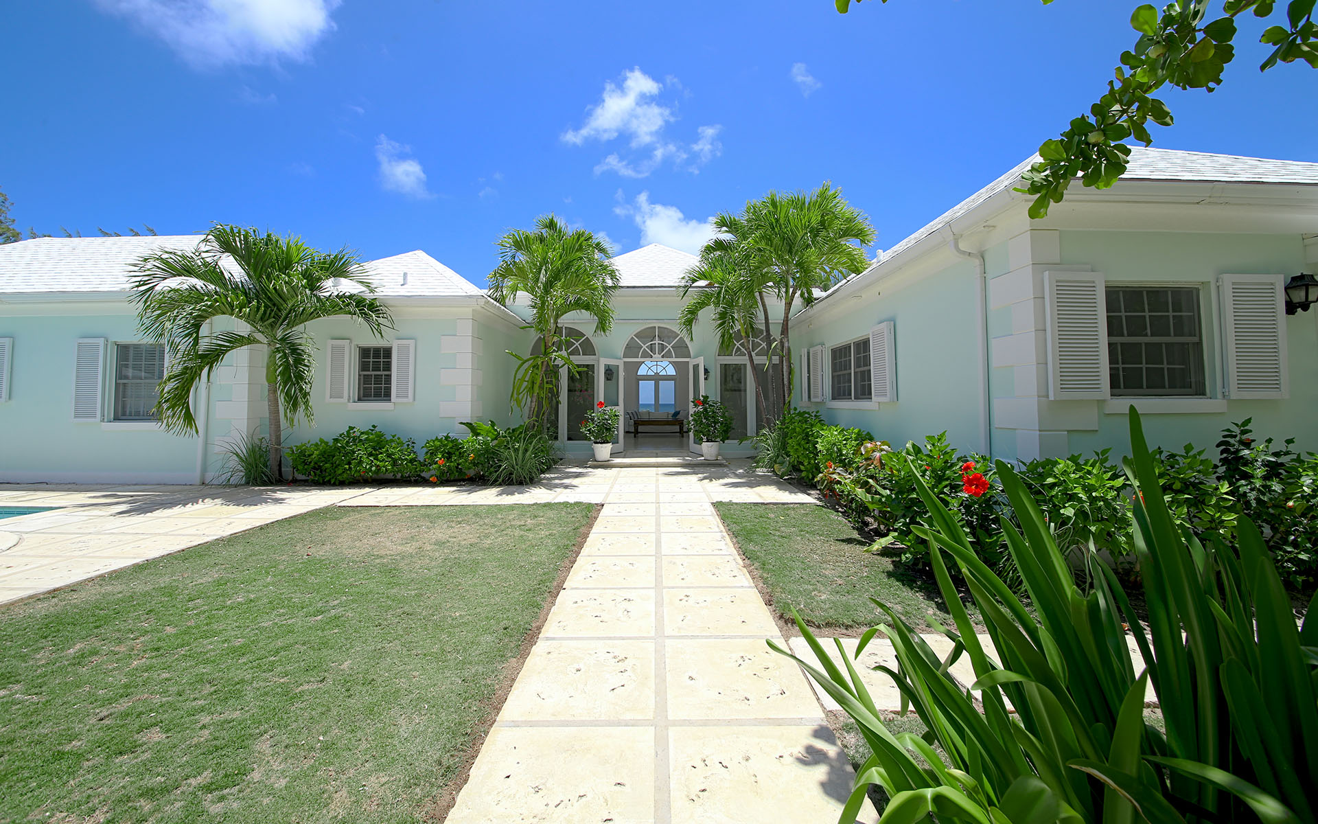 Additional photo for property listing at Private Island Resort Style Home MLS 31170 Eleuthera, Bahamalar