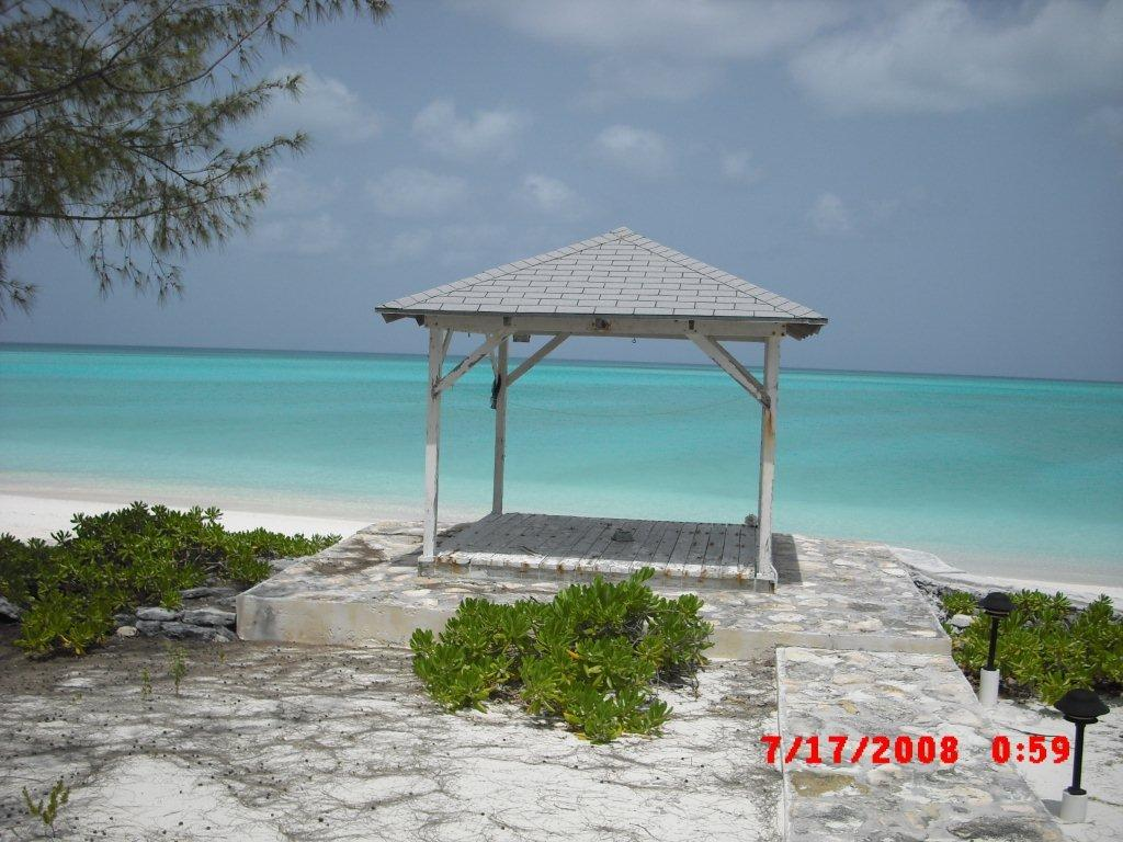Additional photo for property listing at Galliott Cay Long Island, Bahama Eilanden
