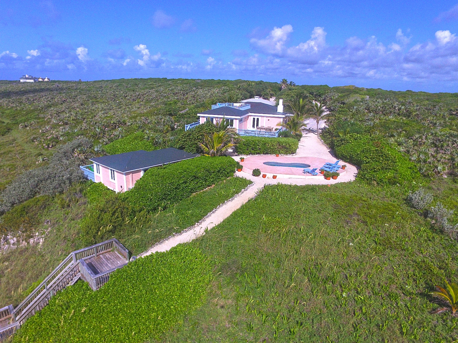 Additional photo for property listing at Exclusive 2.2.Acre Atlantic Estate at Winding Bay Abaco, Bahamas