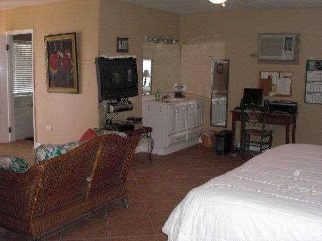 Additional photo for property listing at Galliott Cay Long Island, Bahamas