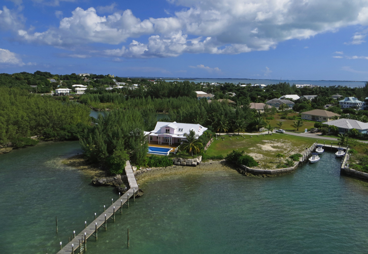 Additional photo for property listing at European Luxury Home Is The Perfect Island Retreat - Brand New Dock (MLS 19075) Abaco, Bahamas