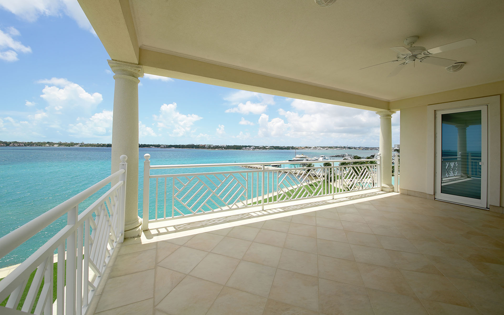 Additional photo for property listing at Trophy Apartment at the Ocean Club Residences & Marina - MLS 31095 Ocean Club Estates, Paradise Island, Nassau And Paradise Island Bahamas