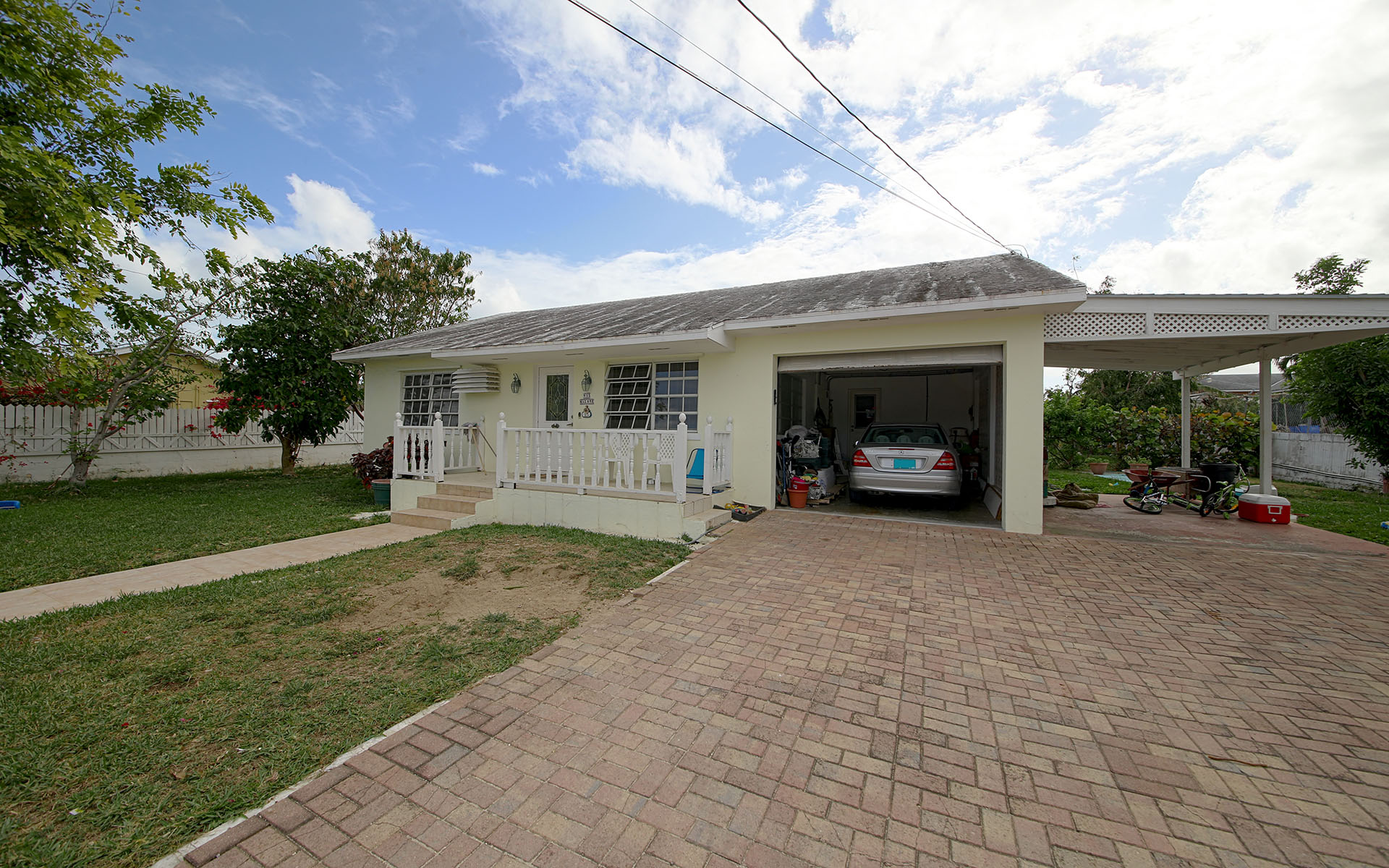 Additional photo for property listing at # 7 Manchester Street Blair Estates Residence - MLS #29561 Nassau And Paradise Island, Bahamas