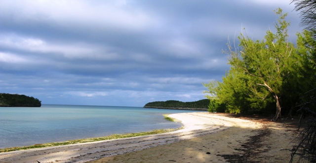 Additional photo for property listing at Central Eleuthera Beachfront Investment Property Eleuthera, 바하마