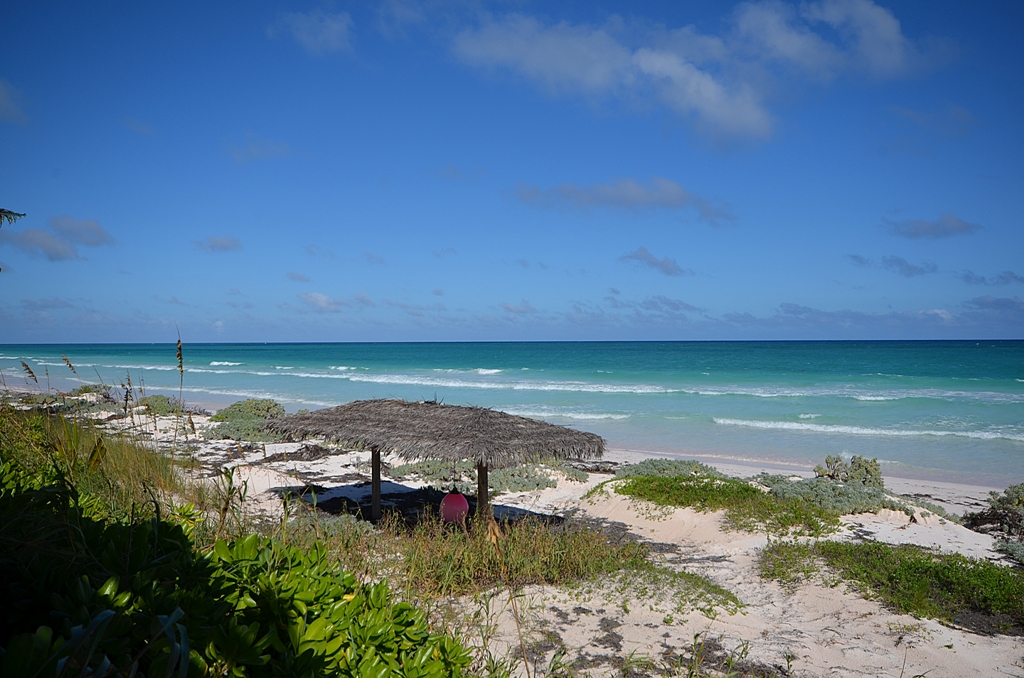 Additional photo for property listing at Seashell House Windermere Beach Estates MLS 25449 Eleuthera, Bahamalar