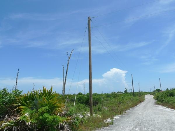 Additional photo for property listing at Single Family Lot in Holmes Rock Grand Bahama East, Grand Bahama, Bahamas