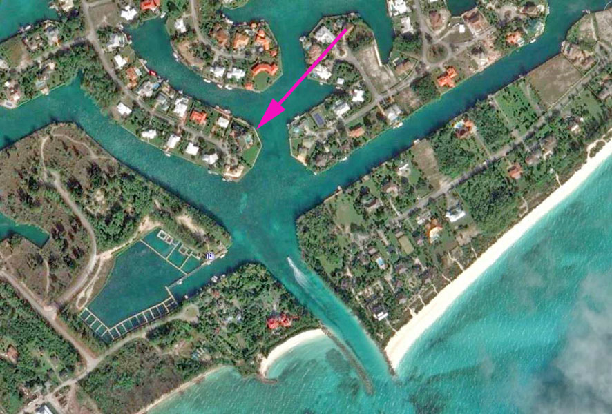Additional photo for property listing at Canal and Oceanfront Home Bahamalar