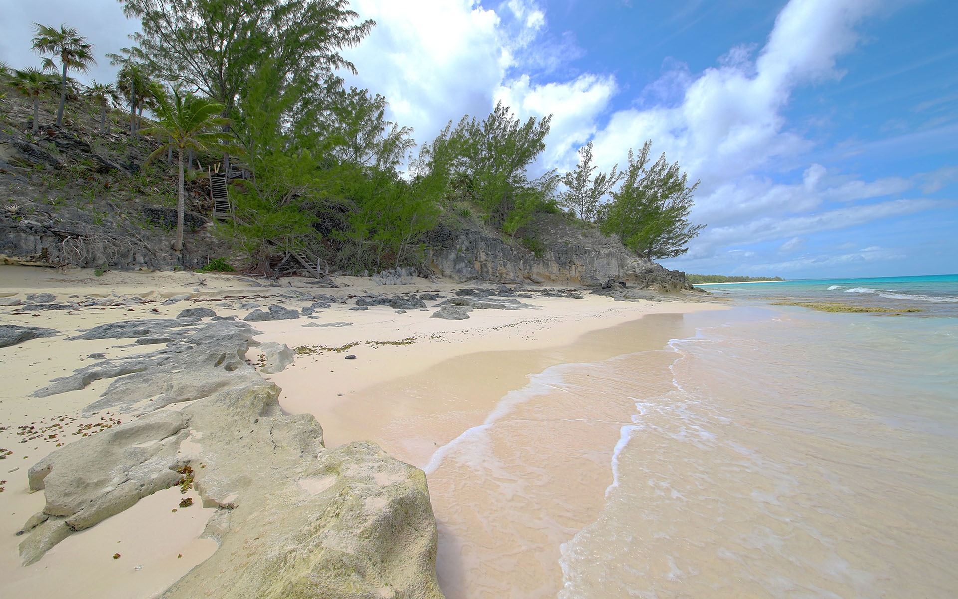 Additional photo for property listing at Paradise Found! Banks Road Beachfront Parcel. Eleuthera, Bahamalar