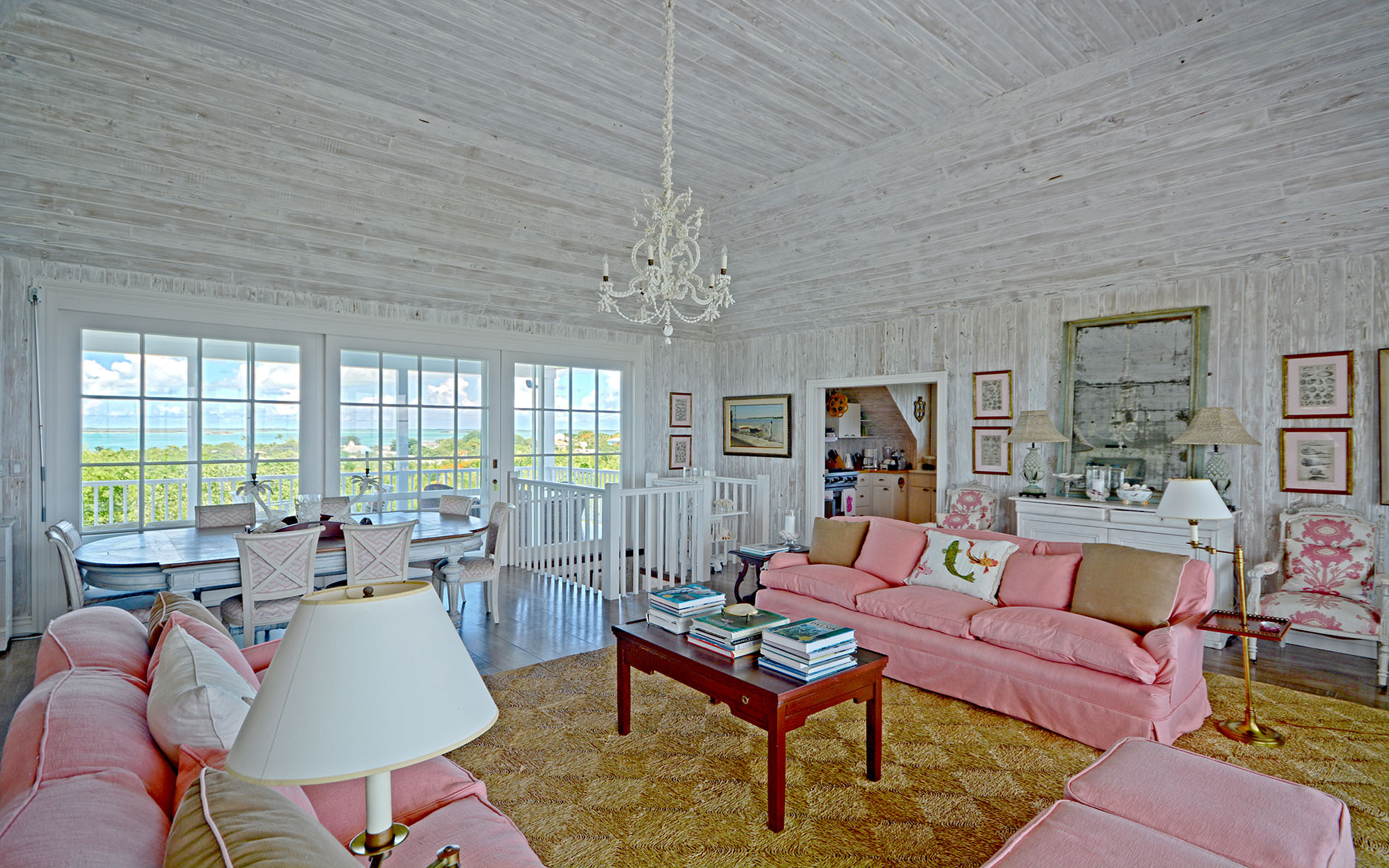 Additional photo for property listing at Moon And... Harbour Island Hilltop Gem - MLS: 28590 Harbour Island, Eleuthera, Bahamas