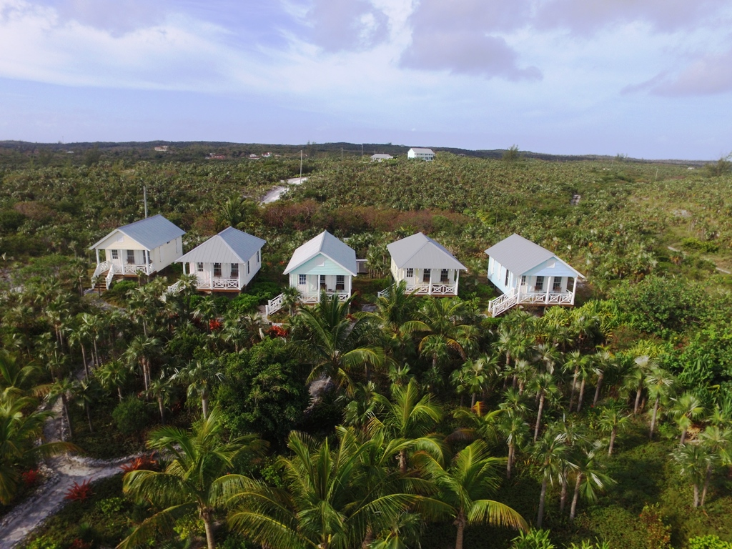 Additional photo for property listing at 5 Homes Plus Development on Incredible Pink Sands Beach Eleuthera, バハマ