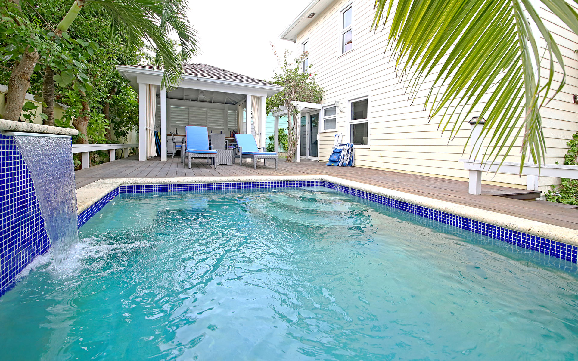 Additional photo for property listing at The Hide Away, Harbour Island MLS 31207 Harbour Island, Bahamas