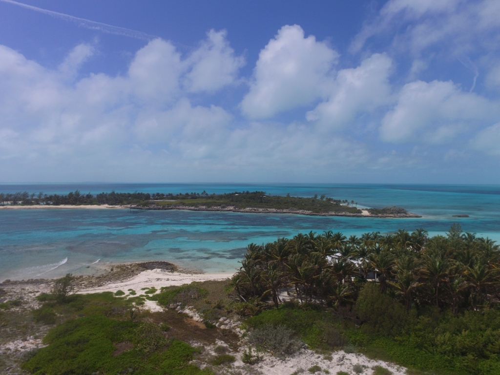 Additional photo for property listing at Frozen and Alder Cays, Private Islands in the Berry Islands (MLS 28542) Berry Islands, 巴哈马