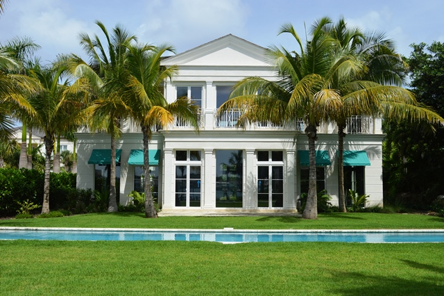 Additional photo for property listing at Beach House Harbourfront Villa 2 Nassau And Paradise Island, Bahamas