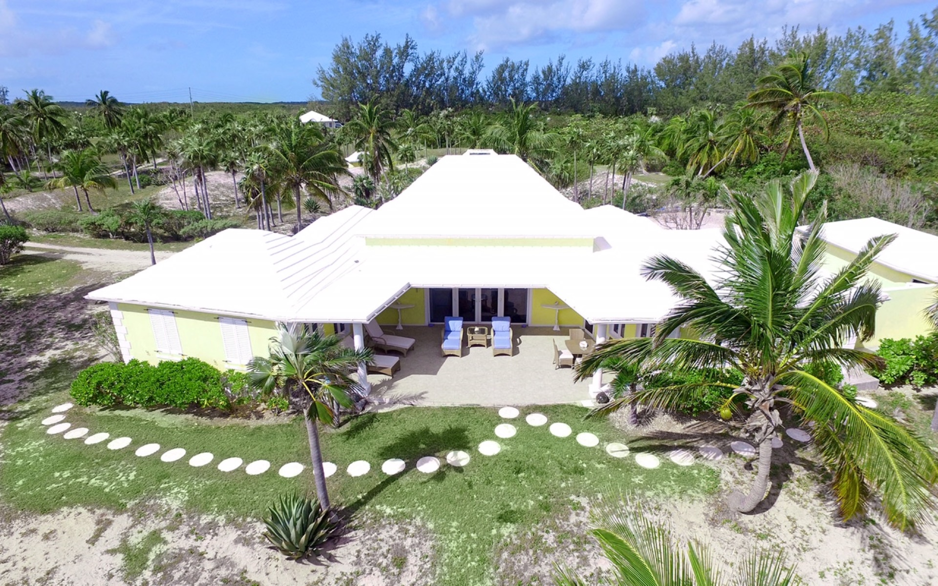 Additional photo for property listing at Mellow Yellow, Double Bay, Eleuthera  MLS 27217 伊柳塞拉岛, 巴哈马