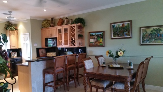 Additional photo for property listing at Beautiful Home in Shoreline Gate Community バハマ
