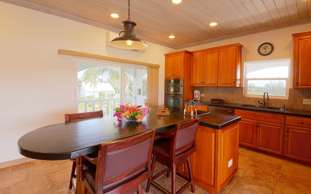 Additional photo for property listing at Fabulous Villa Governor's Harbour MLS 24582 Eleuthera, Багамские Острова