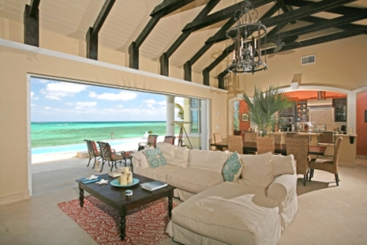 Additional photo for property listing at La Mouette Beachfront Home Bahamas