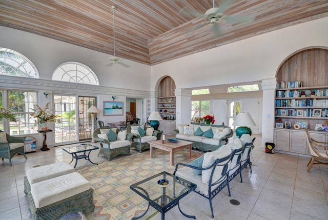 Additional photo for property listing at North Windermere Beachfront Home  MLS 25274 Eleuthera, Bahamas