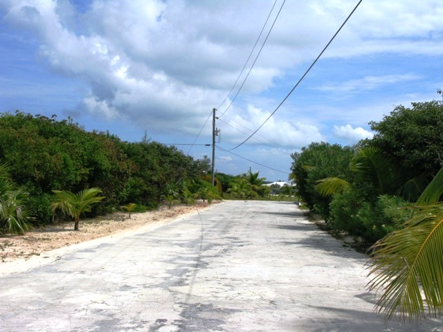 Additional photo for property listing at Elevated Waterfront Lot - Most Desirable Area of Rainbow Bay - MLS 32744 Rainbow Bay, Eleuthera, Bahamas