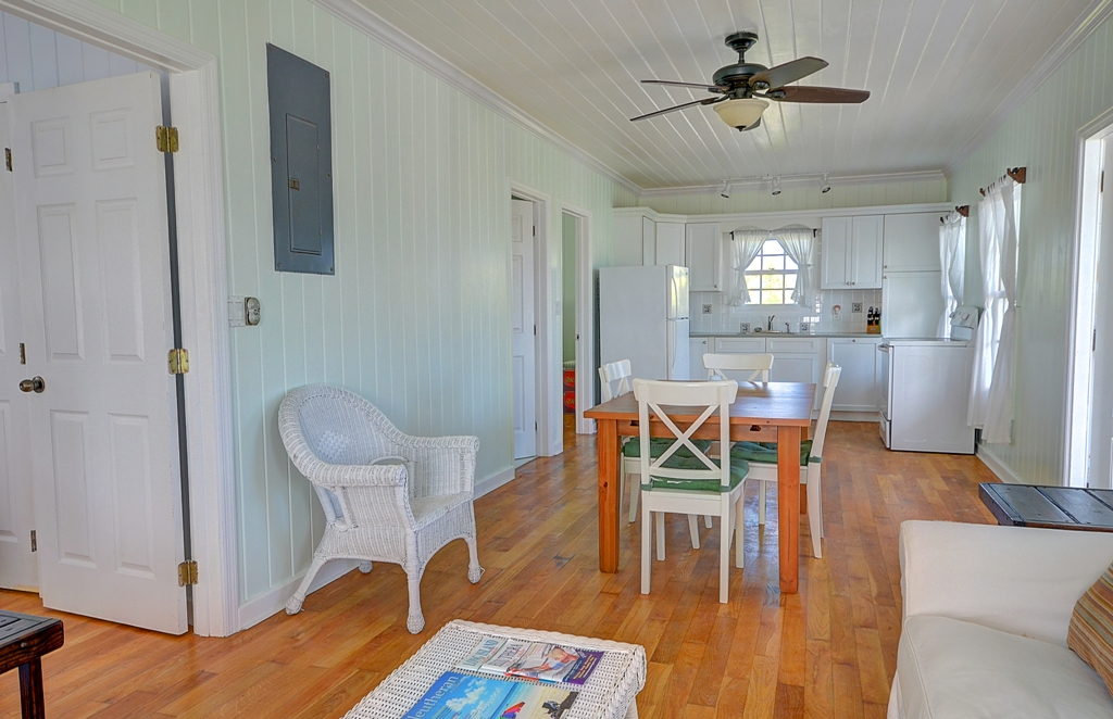 Additional photo for property listing at Beach Restaurant Hotel Property - Compass Point in Eleuthera! - MLS 27903 Eleuthera, Bahamalar