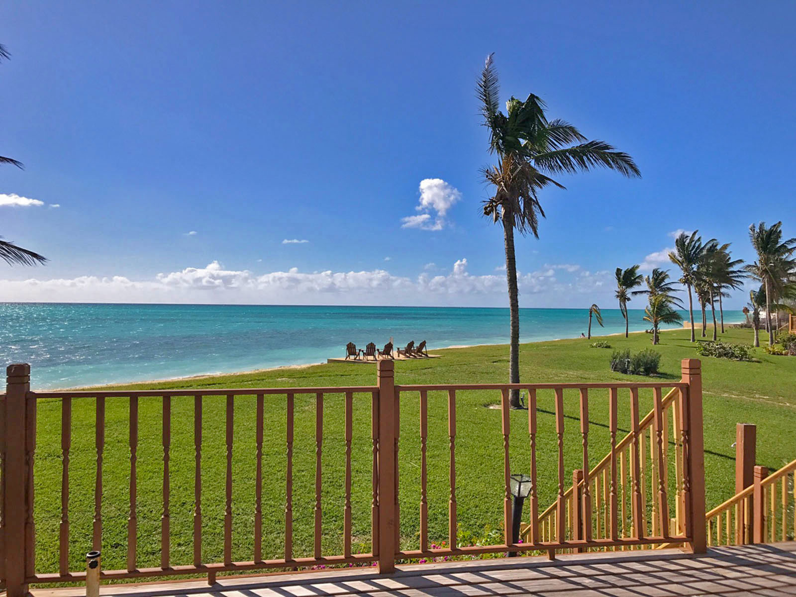 Additional photo for property listing at REDUCED!! Fantastic Oceanfront Home in Prestigious Gated Community バハマ