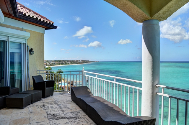 Additional photo for property listing at Breathtaking Views バハマ
