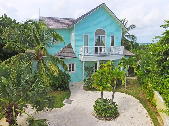 Additional photo for property listing at Seabreeze Estate  MLS 24919 Harbour Island, Bahamas