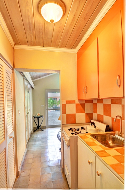 Additional photo for property listing at Newly Renovated Home In Cable Beach Nassau New Providence And Vicinity