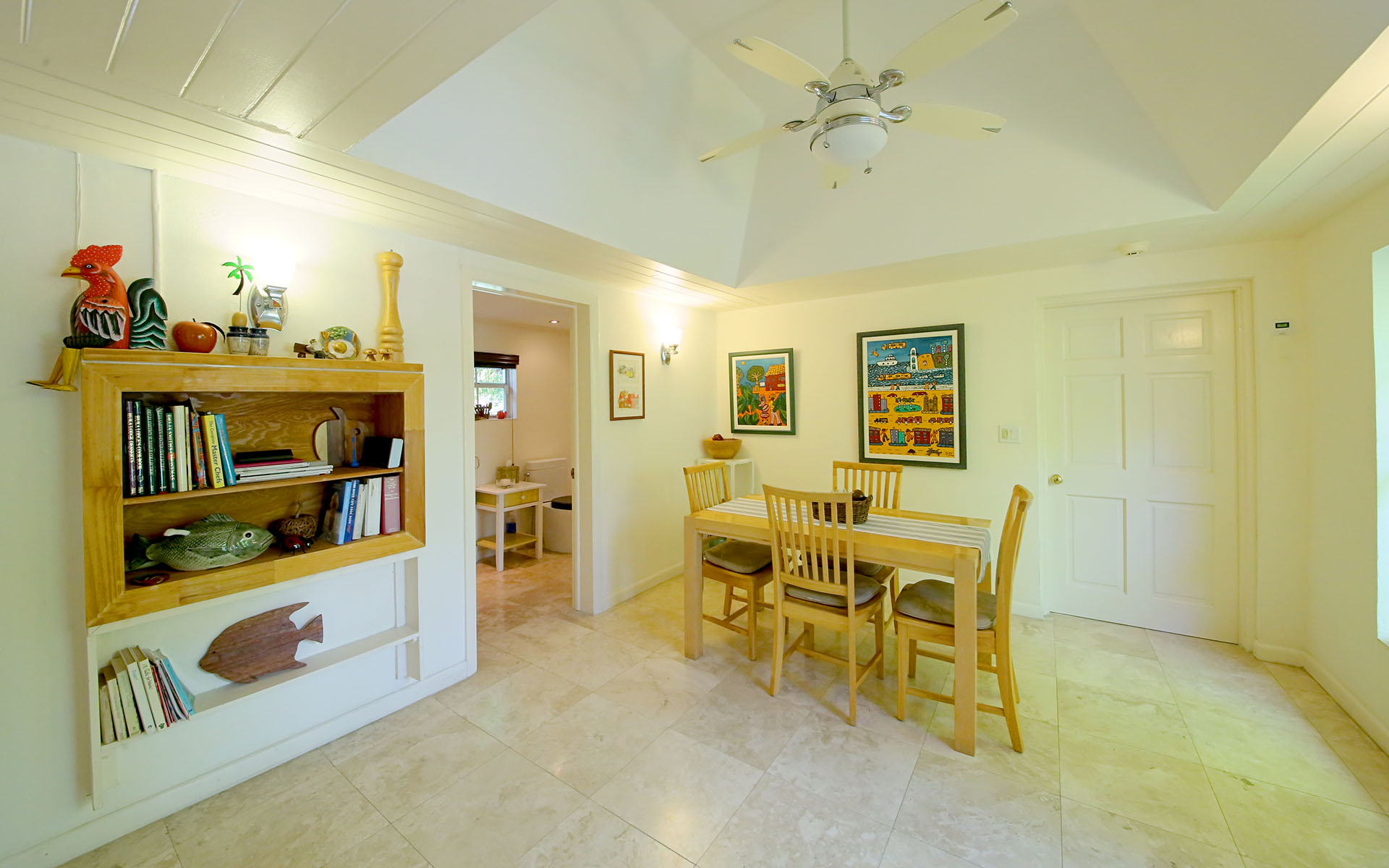 Additional photo for property listing at Charming Lyford Cay Golf Course Home MLS: 31836 Lyford Cay, Nassau And Paradise Island, Bahamas