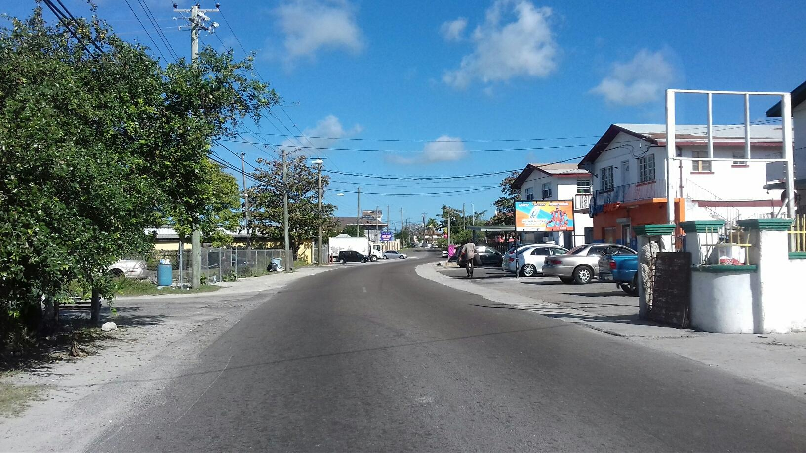 Additional photo for property listing at Large Lot with Single Family Home - MLS 32486 Nassau And Paradise Island, Bahamas