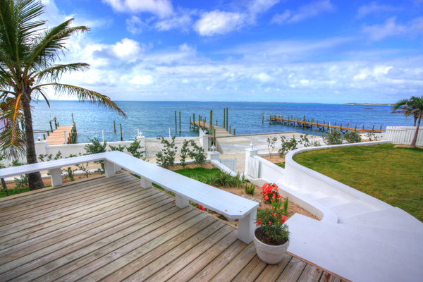 Additional photo for property listing at Immaculately Restored Waterfront Eastern Shores Home, With 2 Docks & Pool Abaco, Багамские Острова