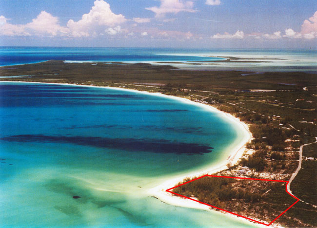 Additional photo for property listing at Beachfront Tract for Development Berry Islands, Bahamas