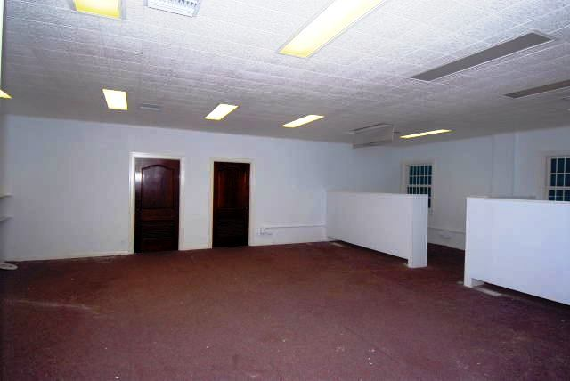Additional photo for property listing at Office Space, East Side Of Downtown Old Nassau, Nassau And Paradise Island, Bahamas