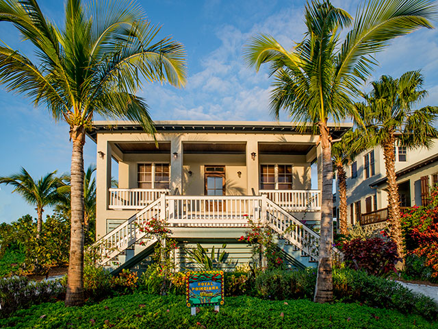Additional photo for property listing at Royal Poinciana House at Deep Water Cay バハマ