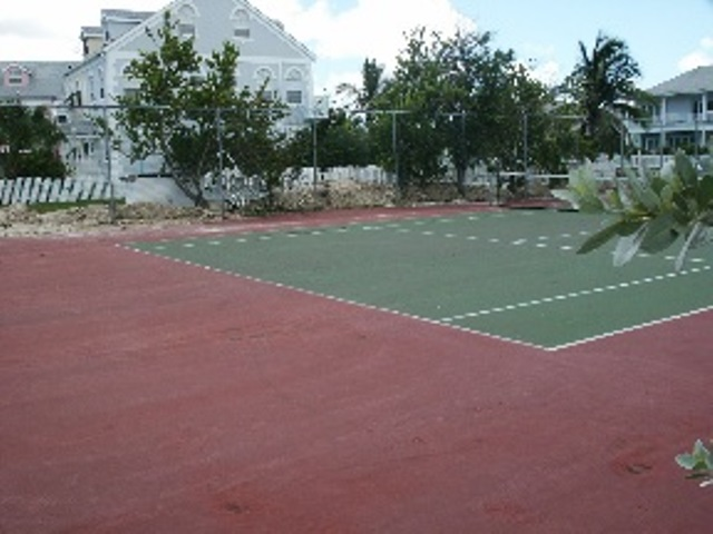 Additional photo for property listing at EXECUTIVE HOUSE FOR SALE IN SANDYPORT Bahama Eilanden