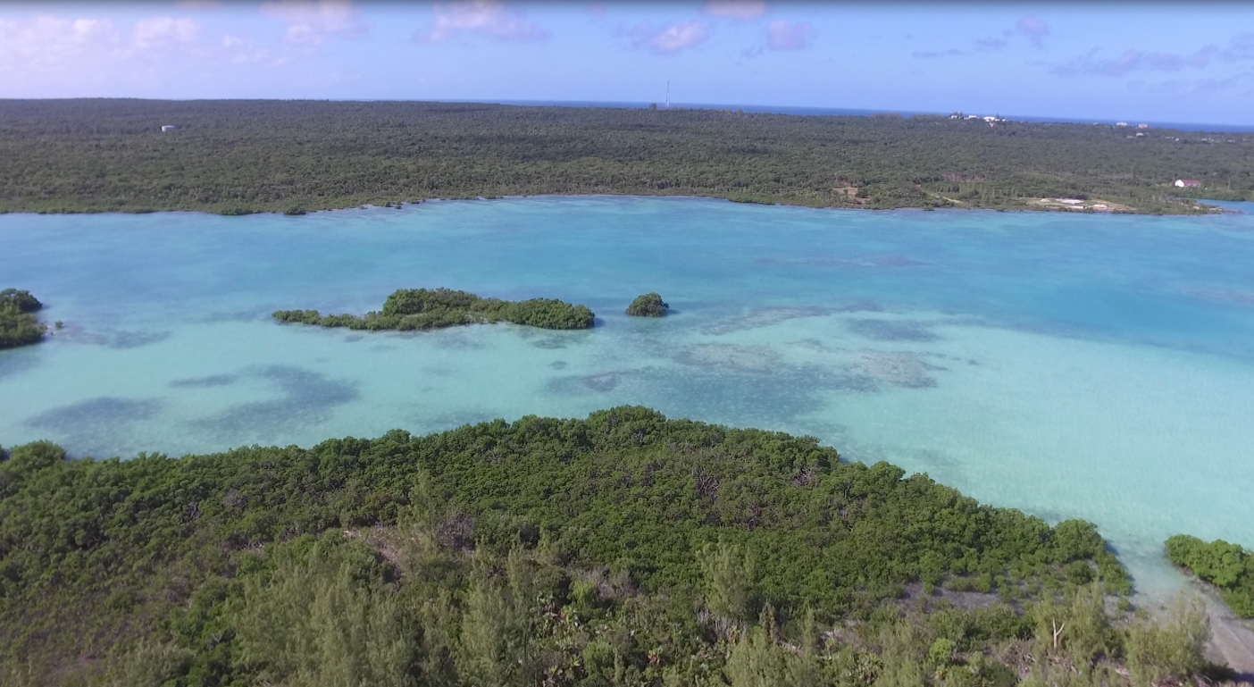 Additional photo for property listing at Sea-to-Sea Beachfront Lot on Windermere Island (MLS 28415) Windermere Island, Eleuthera, Bahamas