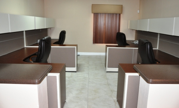 Additional photo for property listing at Corporate Center On The Mall Drive Grand Bahama, Bahamas