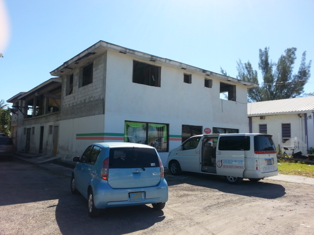Additional photo for property listing at Commercial Building East Street South South Beach Estates, Nassau And Paradise Island, Bahamas