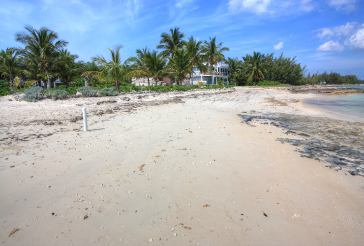 Additional photo for property listing at Palmetto Beach Villa & Blupalm Hilltop Home, Central Abaco (MLS 28477 ) Turtle Rocks, Abaco, Bahamas